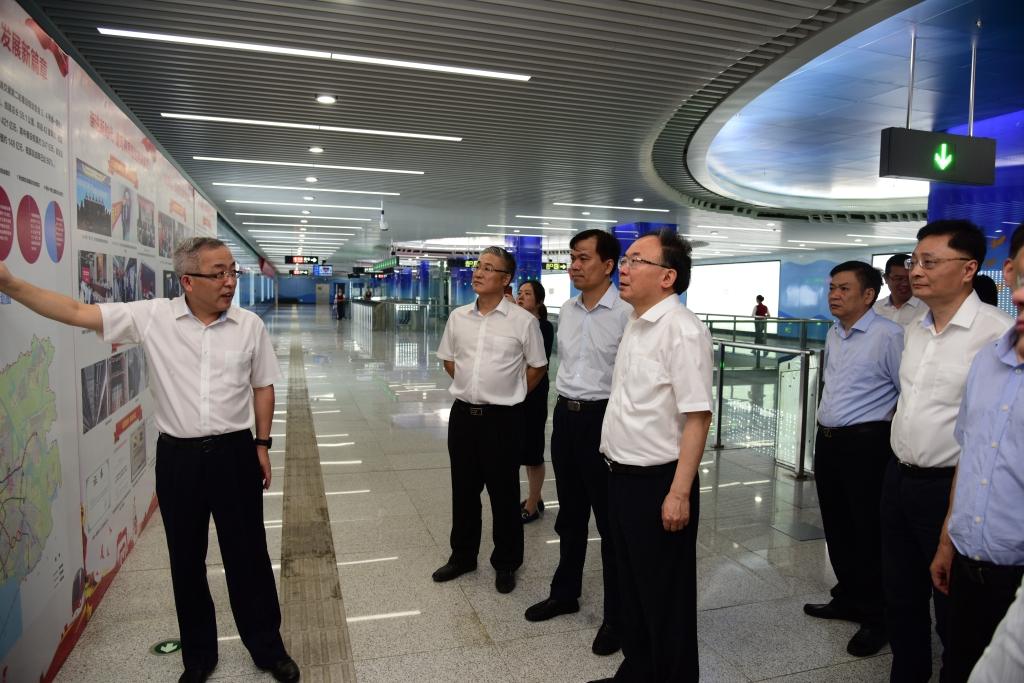 市委书记李小敏专题调研轨道交通建设发展情况